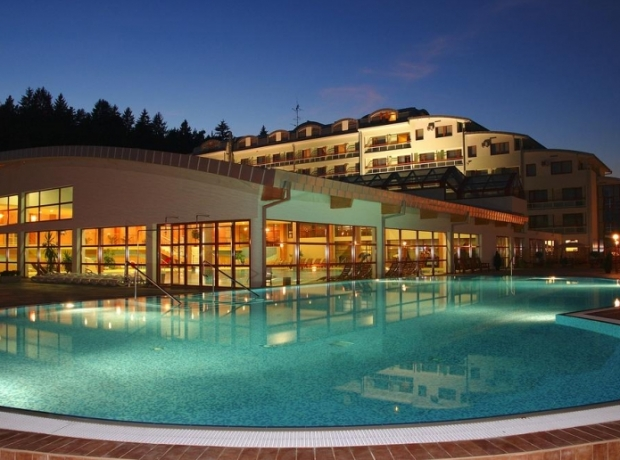 Hotel & Spa Resort KASKADY****